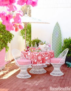 hbx-outside-table-patio-0710-ewart-16-E7YUti-xl