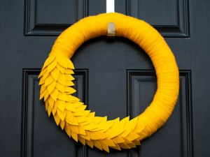 1ghk-diy-fall-wreaths-crafts-mellow-yellow-lgn