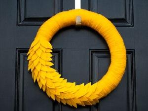 1ghk-diy-fall-wreaths-crafts-mellow-yellow-lgn