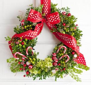 45 Beautiful Holiday Wreaths