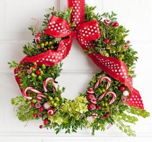 45 Beautiful Holiday Wreaths