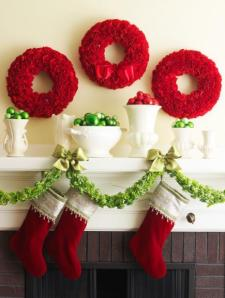 50 Gorgeous Holiday Mantel Decorating Ideas