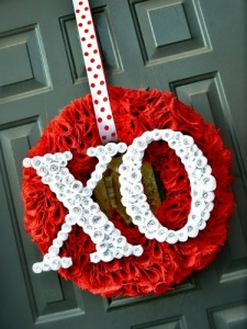 24 Oh-So Sweet Wreaths for Valentine's Day